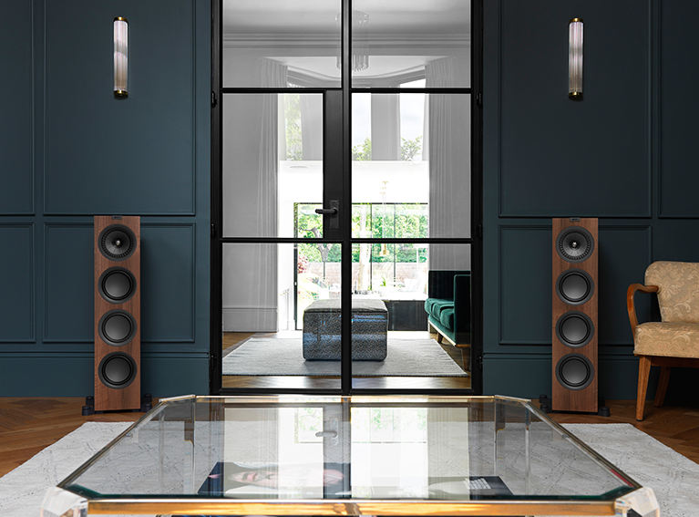 speakers de madeira KEF