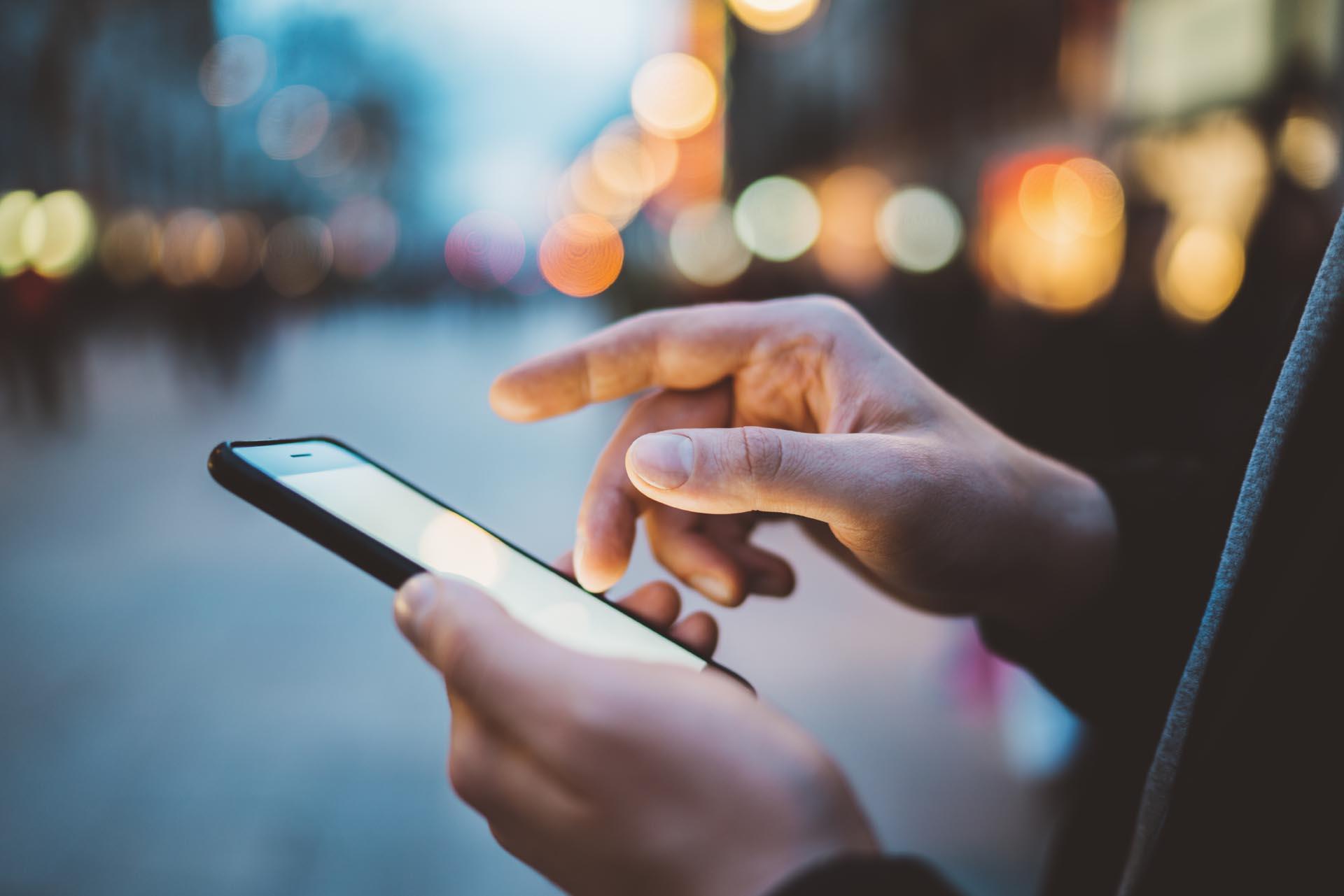Uso de smartphone cresce 10%